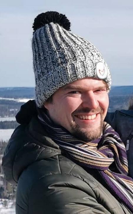 Juha Kallio (050-55538366, juha.t.kallio(äät)gmail.com)